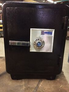 Sentry combination safe