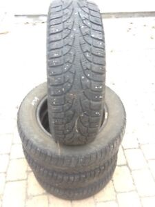 Pneus d'hiver 195 65 R15 winter tires pirelli