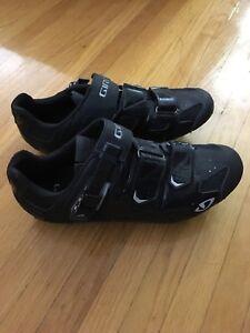 Giro biking shoes - 9.5