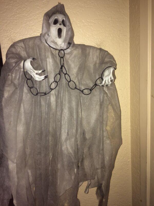 Halloween hanging ghost prop