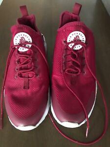 sale retailer 9c6a2 9dfd7 Nike Air Huaraches Run size 10
