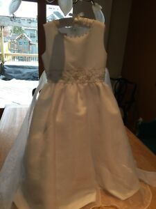 Girls flower girl or communion dress