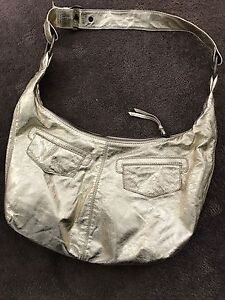 Stocklot of women's leather handbags Clontarf Manly Area Preview