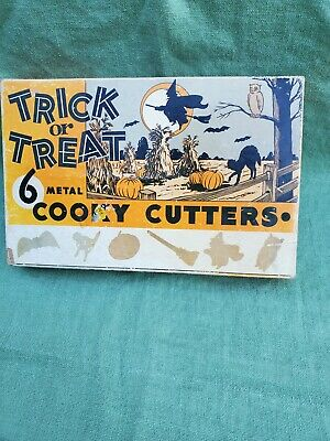 Vintage 6 Trick or Treat Metal Halloween Cookie Cutters in Original Box