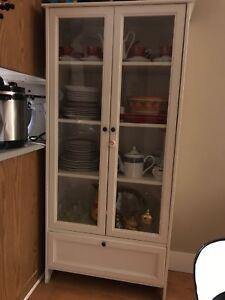 Ikea hemnes discontinued display cabinet glass
