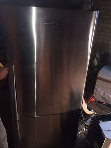 Large fischer and paykel 519 litre stainless steel $385 Bray Park Pine Rivers Area Preview