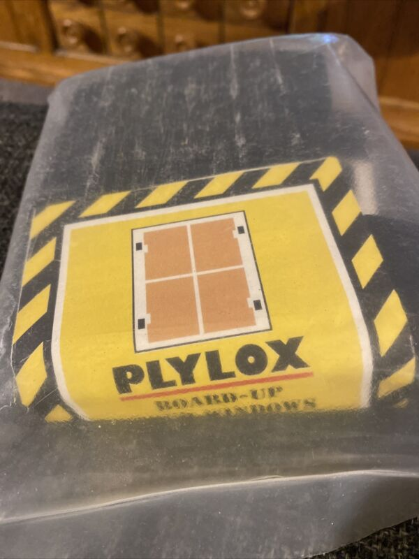 """1 PACK PLYLOX  HURRICANE CLIPS - FAST SHIP FREE - 1/2"""" Wood - 20 PCS CarbonSteel"""