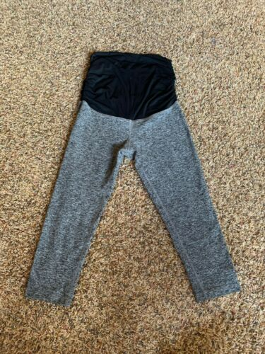 BEYOND THE BUMP By Beyond Yoga Maternity Yoga Capri Pants marled gray Medium M