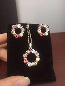 **brand new colorful set**