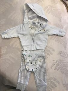 Unisex baby NB outfit