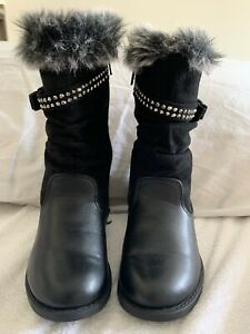 Black boots kids girls size 8