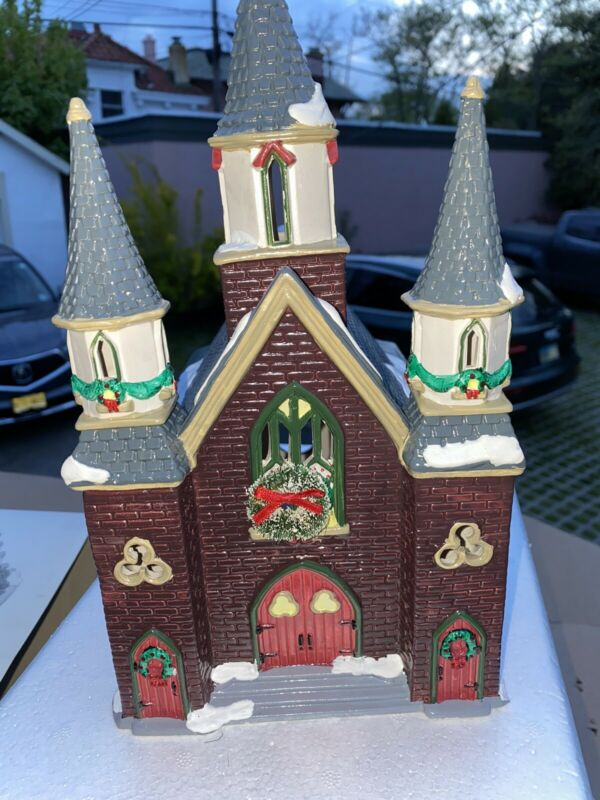New Vtg 1992 DEPT 56 DICKENS VILLAGE Xmas Brick ST. LUKES CHURCH Free Shipping