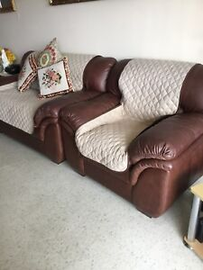 3 piece living Room Set for Sale. Stoney Creek