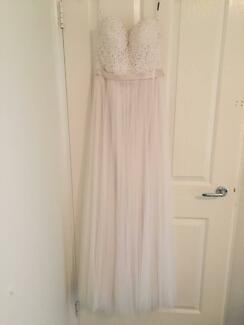 Mia Solano Bohemian Wedding dress - Never worn - size 6-8
