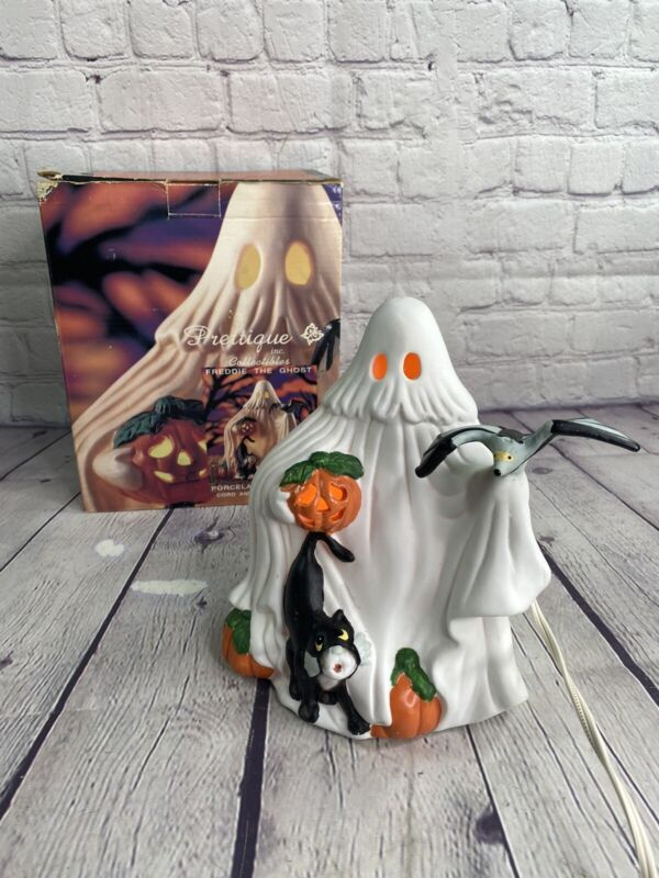 """7"""" Light-up """"Freddie the Ghost"""" 1991 Prettique Spooky Halloween Night Light"""