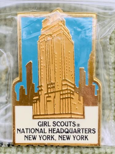 Girl Scout National Headquarters, NYC Building Pin NIP Early 2000s