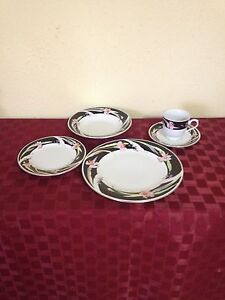 NEW - 8 Place/44 Piece Dinner Set Spearwood Cockburn Area Preview
