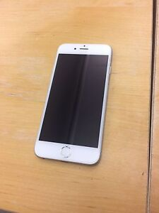 iPhone 6 - 64 GB - Mint condition; Apple Care until May 2017