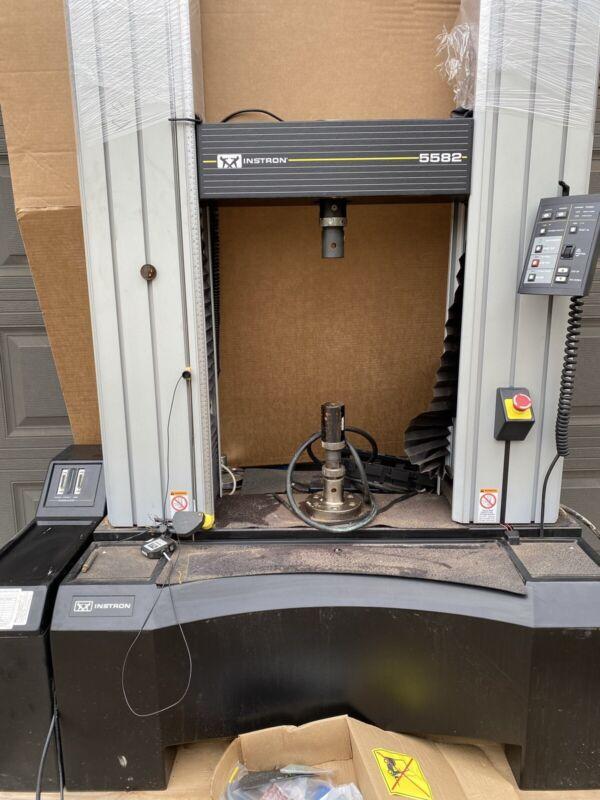 INSTRON 5582 100kN UNIVERSAL TENSILE ELECTROMECHANICAL TESTER