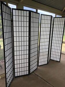 Dressing screens/room dividers