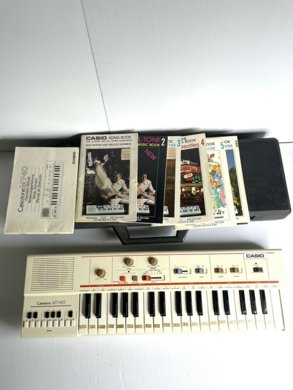 Casiotone MT-40 Portable Keyboard Synthesizer w Case Bundle TESTED. WORKING.
