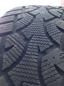 2 pneus d'hiver 205/55 R16