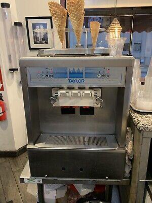 Taylor 161-27 Soft Service Ice Cream Frozen Yogurt Machine Air Cooled
