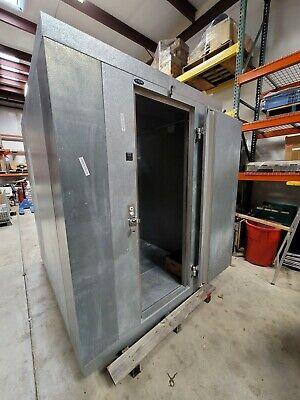 Norlake 6 X 8 X 91 Walk-in Cooler Freezer