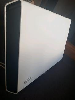 Delonghi Slim Line Panel Heater