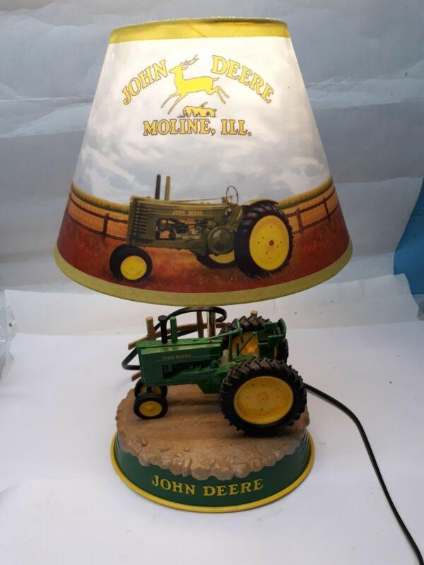 JOHN DEERE Desk Lamp Tractor Base Farm Yard Shade