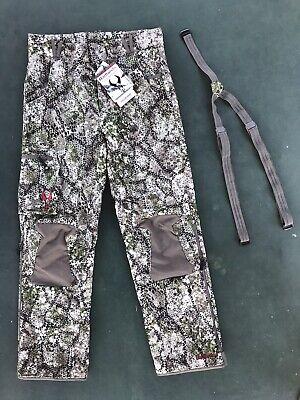 BADLANDS Gear | CALOR Hunting Pant | Medium | APPROACH Camo | + Suspenders