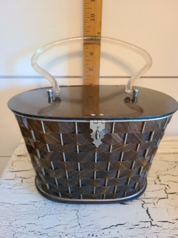 Vintage Lucite Lid & Handle  Basket Weave Purse Handbag with latch closer