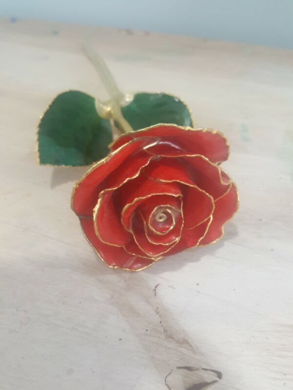 LIVING GOLD REAL ROSE DIPPED IN 24K GOLD BIRTH -COLOR ROSE