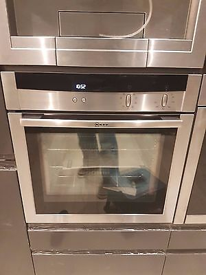Neff Built-in single oven B15M52N3GB