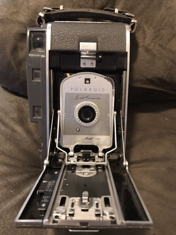 Vintage Polaroid 150 folding land camera