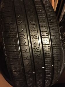 255/40R19 Pirelli CintuRato like new only one