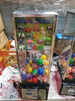 Victor 77 Toy Gumball Vending Machine Vc77 Capsule With Free Toys Incl. Vgc
