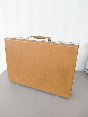 Vintage Samsonite Classic Brown Slimline Hard Shell Briefcase. 1S