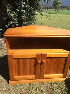 Corner tv cabinet Broke Singleton Area Preview
