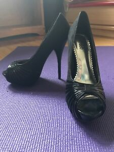 Black stilettos for sale!