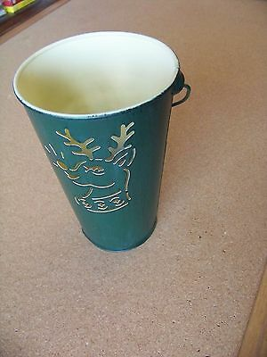 Reindeer cutout tin bucket candle Christmas Holiday Season, A spice scent