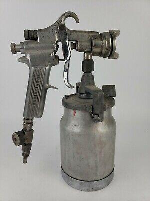 Vintage Devilbiss Paint Spray Gun Type Mbc W Paint Pot And Nozzle Cap 30