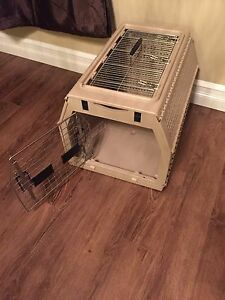 Foldable kennel. Multiple easy access