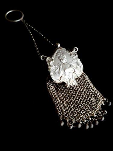 Vintage Art Nouveau Coin Purse silver plate mesh chain with Lady figure