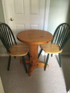 Bar-style table & chairs (3)