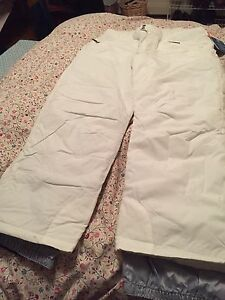 Snow pants (Size XL) brand new