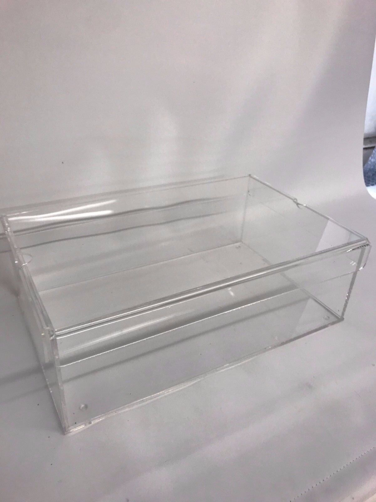 SHOE BOX CLEAR