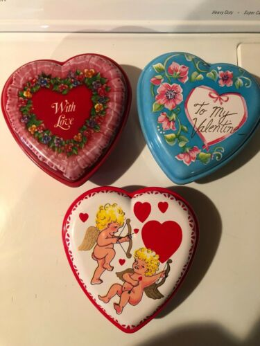 Vintage Valentine Heart Plastic Containers-3-fill with candy
