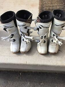 Forma cougar youth motocross boots
