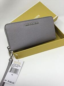 86168a434209da Genuine Michael Kors Saffiano Leather Pearl Grey /Jet Set Travel Purse  Wallet